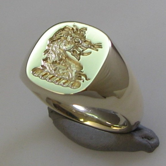 Lion head cross in body crest engraved signet ring