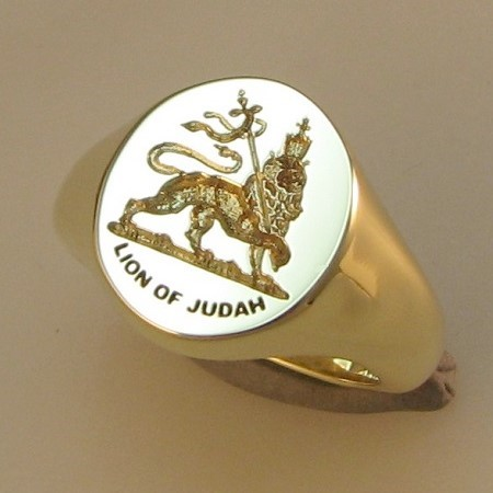 Lion of Judah crest engraved signet ring